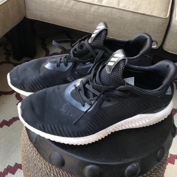 Adidas zapatos Alpha Bounce talla 10 poshmark
